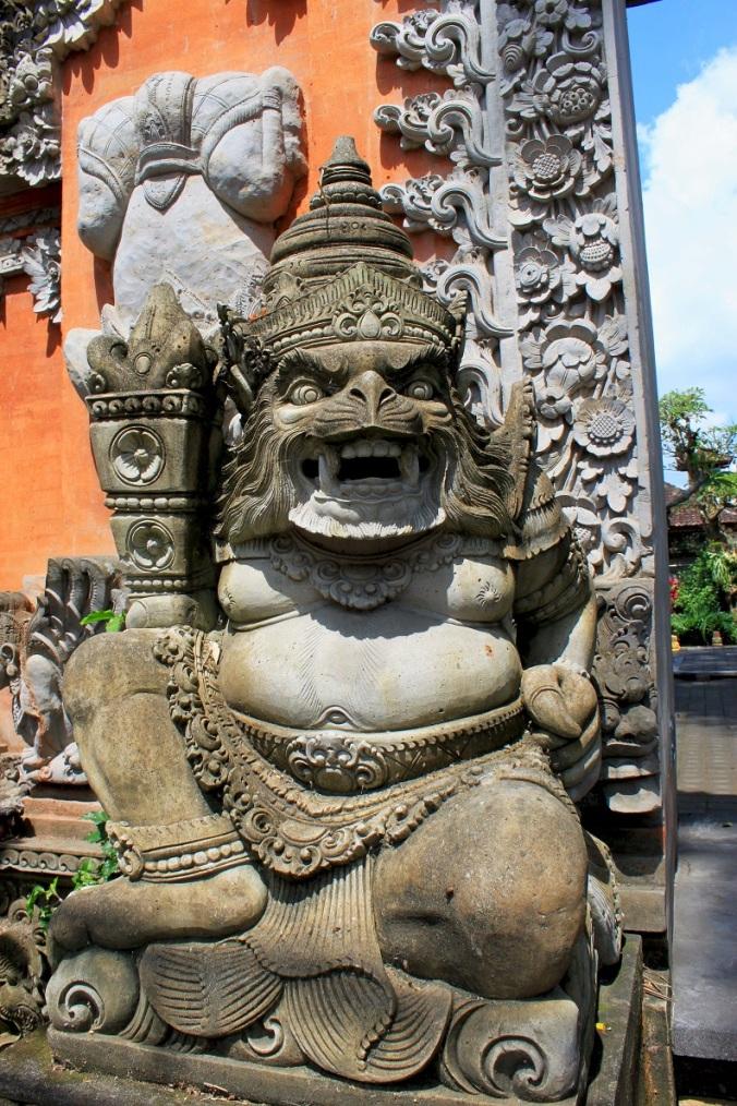 """Ok, ok, nicht alle balinesischen """"Urgesteine"""" machen auf den ersten Blick einen freundlichen Eindruck..."""